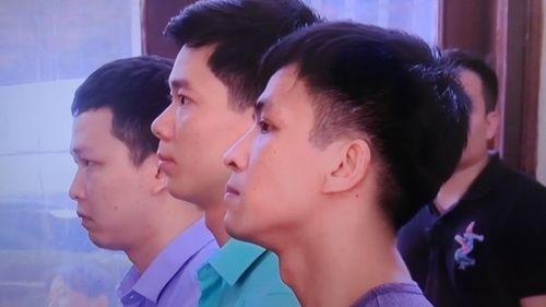 """Luật sư Nguyễn Chiến: Phiên tòa xử bác sĩ Hoàng Công Lương khá """"kỳ lạ"""" - Ảnh 1"""