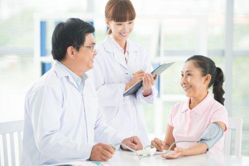 3 bí quyết nằm lòng khi người thân bạn chuẩn bị truyền hóa chất - Ảnh 1