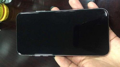 """Hình ảnh """"Full HD"""" mọi góc cạnh của iPhone 8 trong thực tế - Ảnh 1"""