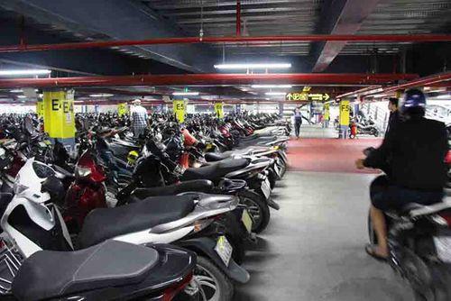 Sân bay Tân Sơn Nhất tăng giá trông giữ xe, tính phí theo giờ - Ảnh 1