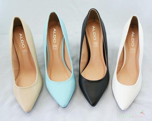 """Muốn mua được giày Việt Nam xuất khẩu """"xịn"""", cần thuộc """"nằm lòng"""" cách này - Ảnh 1"""