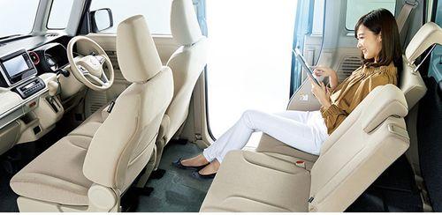 Cận cảnh mẫu ô tô gia đình của Suzuki giá rẻ, chỉ từ 256 triệu đồng - Ảnh 2