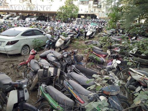 """Xót ruột vì hàng nghìn xe máy """"xịn"""" biến thành sắt vụn - Ảnh 7"""