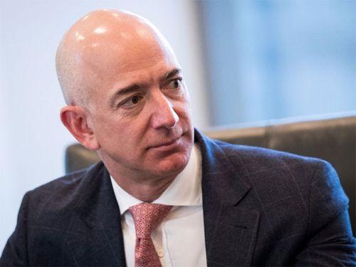 Những sự thật ít người biết về khối tài sản 105 tỷ USD của CEO Amazon - Ảnh 1