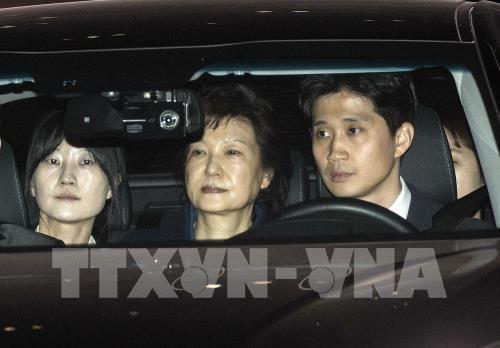 Hàn Quốc: Tòa án ra lệnh phong tỏa tài sản của cựu Tổng thống Park - Ảnh 1