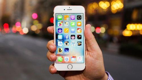 Hơn 1.800 người đã đăng ký khởi kiện Apple tại Việt Nam - Ảnh 1
