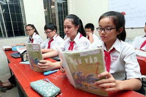 Chương trình giáo dục mới: Các môn  giảm học thuộc, tăng ứng dụng - Ảnh 1