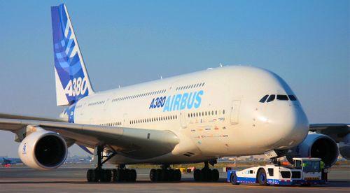 """Airbus cân nhắc """"khai tử"""" máy bay A380 - Ảnh 1"""