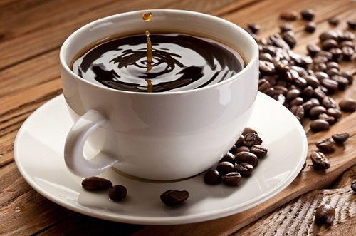 Một cốc cà phê tăng gấp 8 lần ở Venezuela  - Ảnh 1