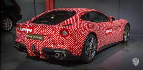 Thiếu niên 15 tuổi rao bán siêu xe Ferrari F12 Berlinetta  - Ảnh 2