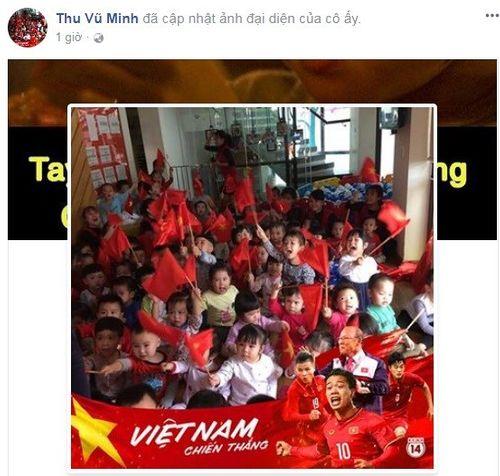 Những cách cổ vũ U23 Việt Nam độc đáo của người hâm mộ trước trận chung kết - Ảnh 5