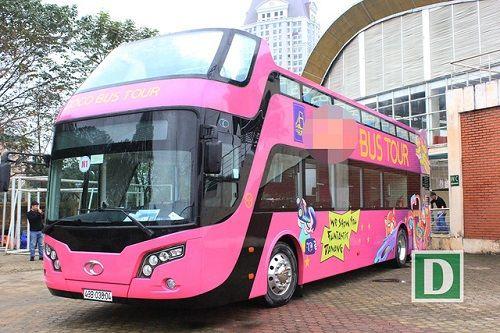 Lộ diện xe buýt 2 tầng mui trần đưa đội tuyển U23 Việt Nam diễu phố - Ảnh 1