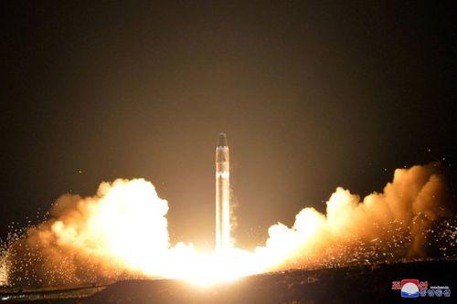 Triều Tiên có thể phóng tên lửa đạn đạo trong tuần tới - Ảnh 1