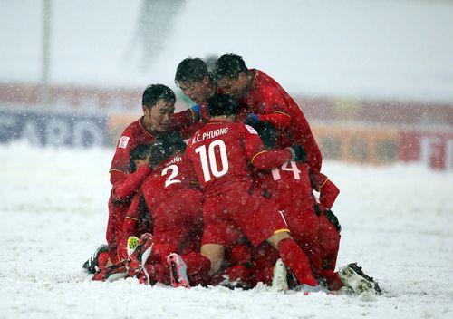 Nhận tiền thưởng, các cầu thủ U23 Việt Nam không phải nộp thuế - Ảnh 1