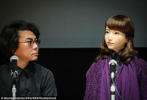 """Nhật Bản """"trình làng"""" Robot có thể dẫn chương trình  - Ảnh 2"""