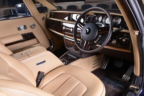 Bên trong chiếc xe hơi đắt nhất hành tinh giá 13 triệu USD có gì đặc biệt? - Ảnh 4