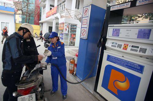 Giá xăng giữ nguyên, tăng giá dầu  - Ảnh 1