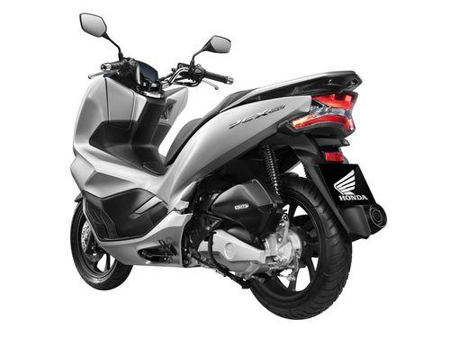"""""""Soi"""" bản nâng cấp Honda PCX 2018 mới về Việt Nam, thêm động cơ 150cc - Ảnh 2"""
