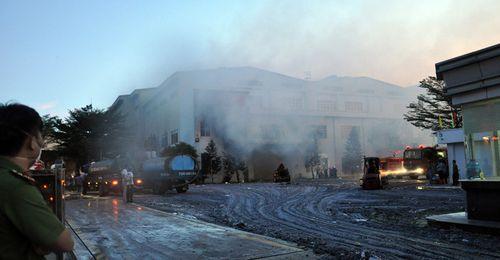 Cháy lớn tại nhà máy giấy Sài Gòn ở Vũng Tàu - Ảnh 2