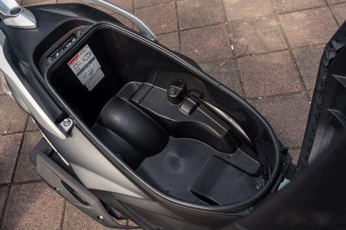 Xe tay ga Suzuki đẹp long lanh giá chỉ 28 triệu đồng  - Ảnh 3