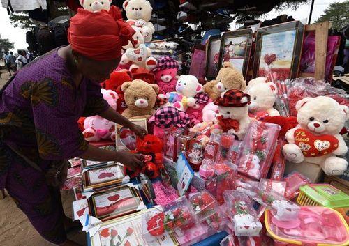 Hình ảnh không khí đón Valentine trên khắp thế giới - Ảnh 6