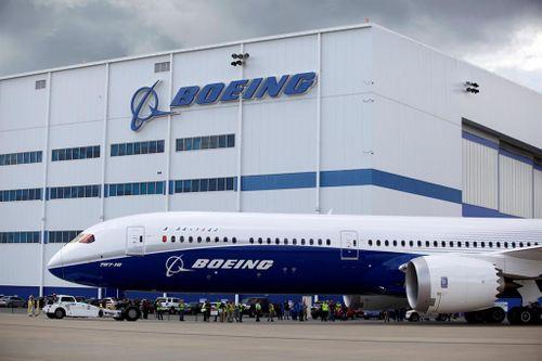 Boeing đặt mục tiêu sản xuất mỗi 1 máy bay mới trong 11 giờ - Ảnh 1