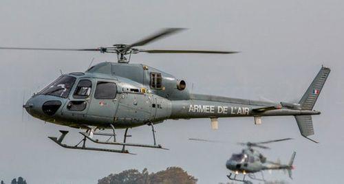 Hai trực thăng quân sự Pháp đâm nhau, 5 người thiệt mạng - Ảnh 1
