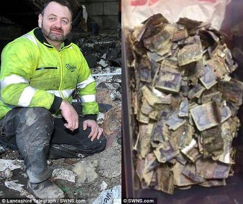 Công nhân vệ sinh vô tình nhặt được túi rác chứa 200 triệu đồng - Ảnh 1