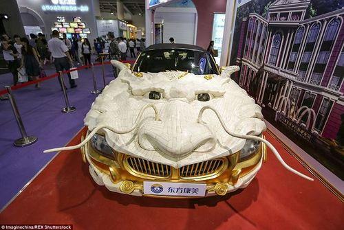 """""""Phát sốt"""" với loạt ôtô dát vàng của đại gia Trung Quốc - Ảnh 2"""