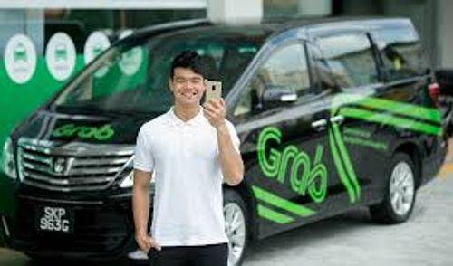 Samsung bắt tay với Grab, gia nhập thị trường đi chung xe - Ảnh 1