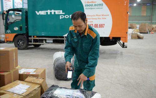 Gửi đông trùng hạ thảo, khách tố bị Viettel Post tráo hàng, xé nhãn - Ảnh 2