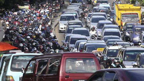 """Ô tô Indonesia được nhập trở lại sau hơn 2 tháng """"vắng bóng"""" - Ảnh 1"""