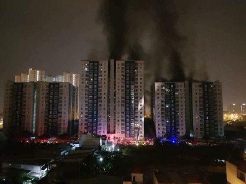 Cháy chung cư Carina 13 người tử vong: Chưa thể khởi tố vụ án - Ảnh 1
