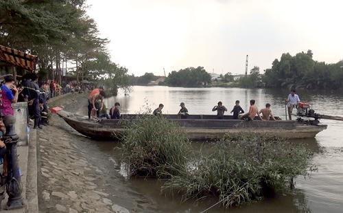 Bơi qua sông Chợ Đệm hái trái bần, thanh niên 22 tuổi  bị nước cuốn mất tích - Ảnh 1