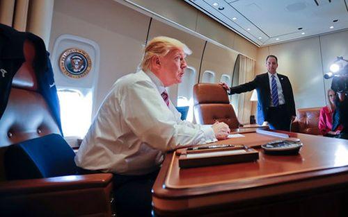 Hai chiếc chuyên cơ mới trị giá 3,9 tỷ USD của Tổng thống Donald Trump - Ảnh 1