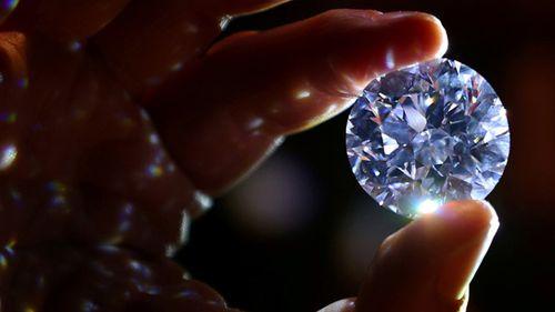 Chiêm ngưỡng 5 viên đá quý lớn nhất thế giới, đại gia có tiền chưa chắc đã mua được - Ảnh 1