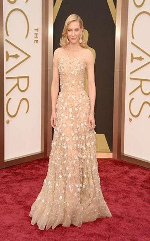 Những bộ váy siêu đắt, có giá hàng chục tỷ đồng trên thảm đỏ Oscar - Ảnh 6