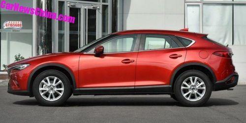 Cận cảnh ô tô nhái Mazda CX-4 giá chỉ 289 triệu đồng - Ảnh 2