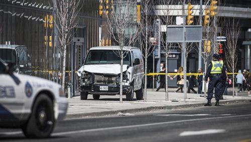Hiện trường vụ đâm xe kinh hoàng khiến nhiều người thương vong ở Canada - Ảnh 1