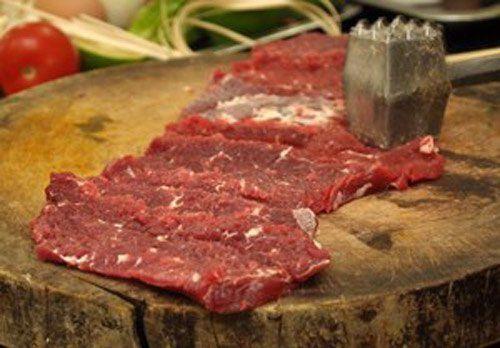 Bữa trưa ngon cơm với món thịt bò cuốn măng tây  - Ảnh 2