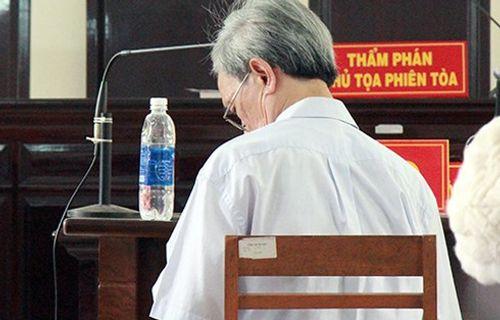 Ông lão 78 tuổi lĩnh 18 tháng tù treo vì tội dâm ô trẻ em - Ảnh 1