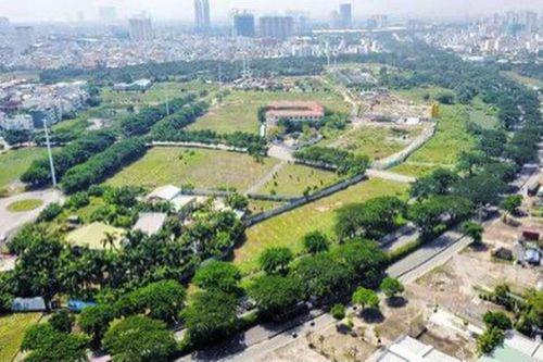 Lộ diện đại gia liên quan đến việc mua bán, cho thuê đất vàng giá bèo tại Sài Gòn - Ảnh 1