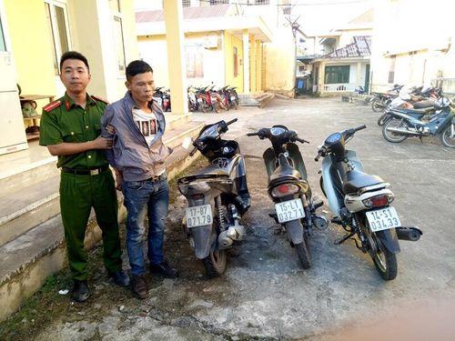 Bắt giữ đối tượng trộm xe máy của người dân đi lễ chùa - Ảnh 1