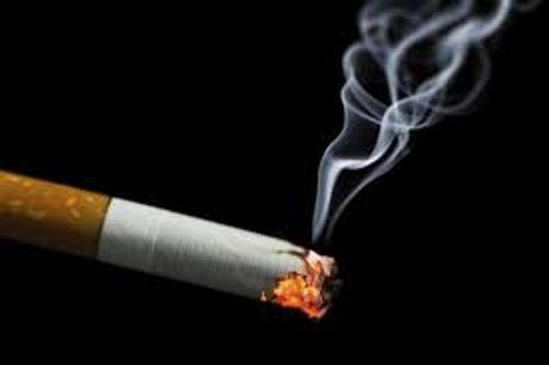 Đề xuất tăng thuế thuốc lá lên 2.000 đồng/gói để hạn chế người dùng - Ảnh 1