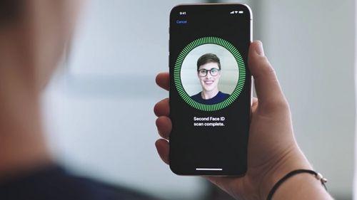 Apple đổi máy mới cho người dùng iPhone X khi bị lỗi Face ID - Ảnh 1