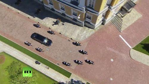 Xe bọc thép mới chở Tổng thống Putin đến lễ nhậm chức có gì đặc biệt? - Ảnh 3