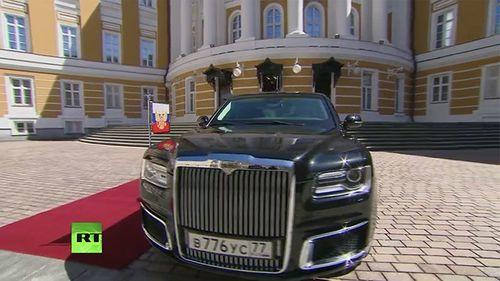 Xe bọc thép mới chở Tổng thống Putin đến lễ nhậm chức có gì đặc biệt? - Ảnh 1