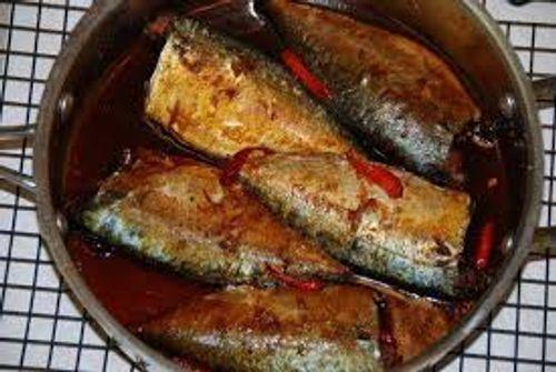 Cách làm món cá nục rim tỏi ớt đậm đà ngon cơm - Ảnh 5