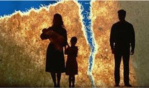 Lá đơn ly hôn viết vội và cơ hội cuối cùng cho chồng - Ảnh 1
