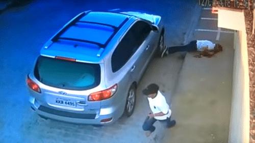 Video: Rúng động cảnh tượng luật sư Brazil bị bắn chết trước mặt con - Ảnh 1